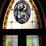 katolikus-templom-olomuveg-egyhazi-vallasi-szines-szent-uveg-ablak-keszites-sikabony-soos-csilla (5)
