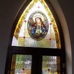 katolikus-templom-olomuveg-egyhazi-vallasi-szines-szent-uveg-ablak-keszites-sikabony-soos-csilla (7)