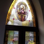 katolikus-templom-olomuveg-egyhazi-vallasi-szines-szent-uveg-ablak-keszites-sikabony-soos-csilla (8)