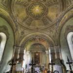katolikus-templom-olomuveg-egyhazi-vallasi-szines-uveg-ablak-keszites-nograd-megye-soos-csilla