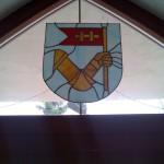 szines-olomuveg-cimer-cegtabla-logo-ablak-soos-csilla (8)